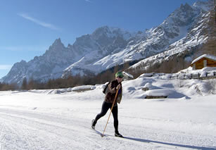 Track skiing, Val Ferret, Mt. Blanc